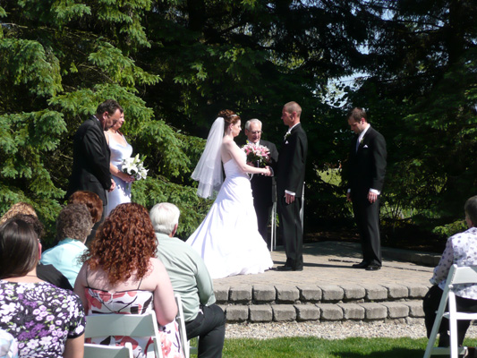 A wedding at Willow Pond Island