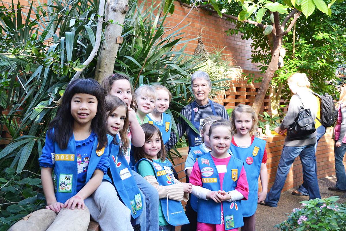 Docent Nancy Smith with Girl Scout Daisies