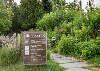 Trail head at Matthaei
