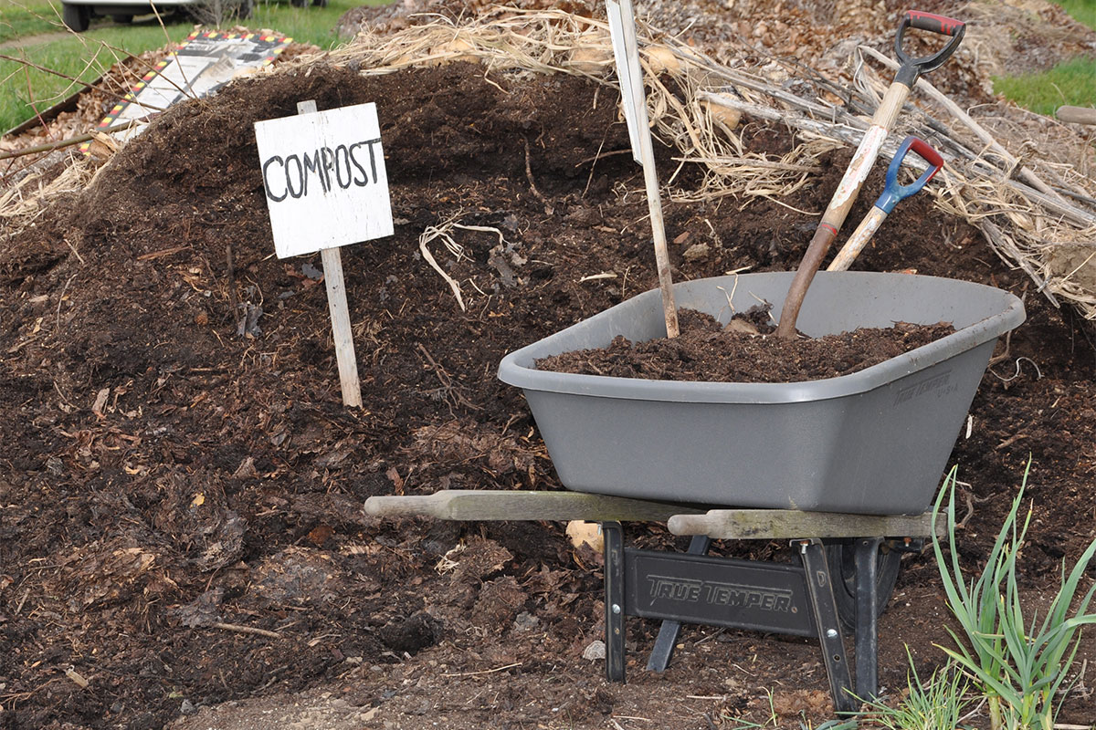 Compost-pile-Oregon-State-Univ