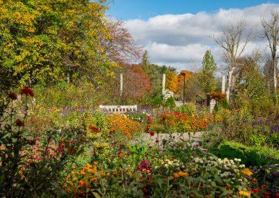 Fall Gateway Garden at Matthaei. (Photo by John Metzler.)