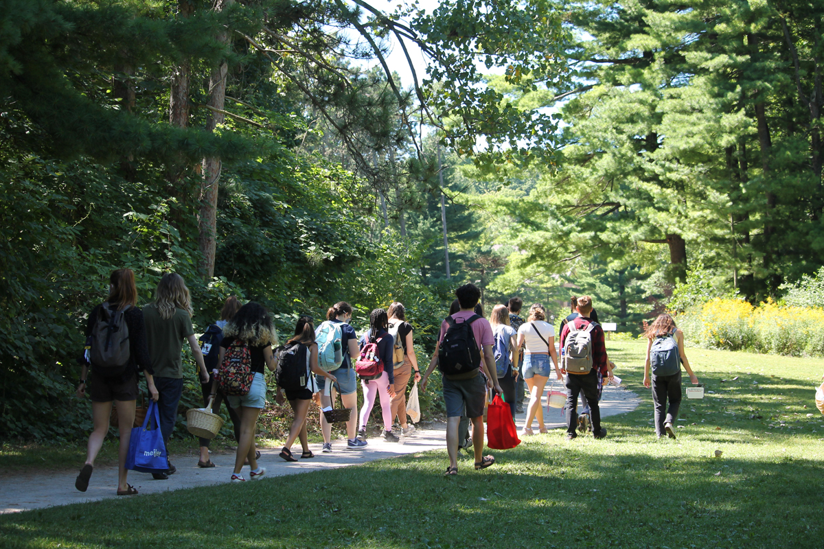 Outdoor class in the Arb